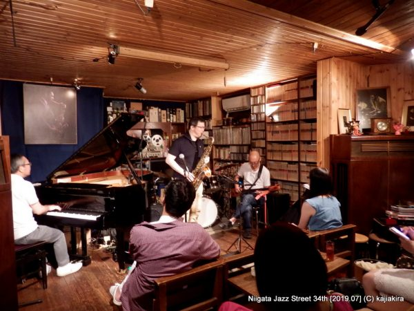Jam Session【非公開】@Jazz Flash(東堀通5)☆第34回新潟ジャズストリート